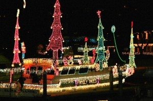 Join Davey S Locker This Holiday Season With Cruises In The 2017 Newport Beach Boat Parade Dates For Are December 19 23