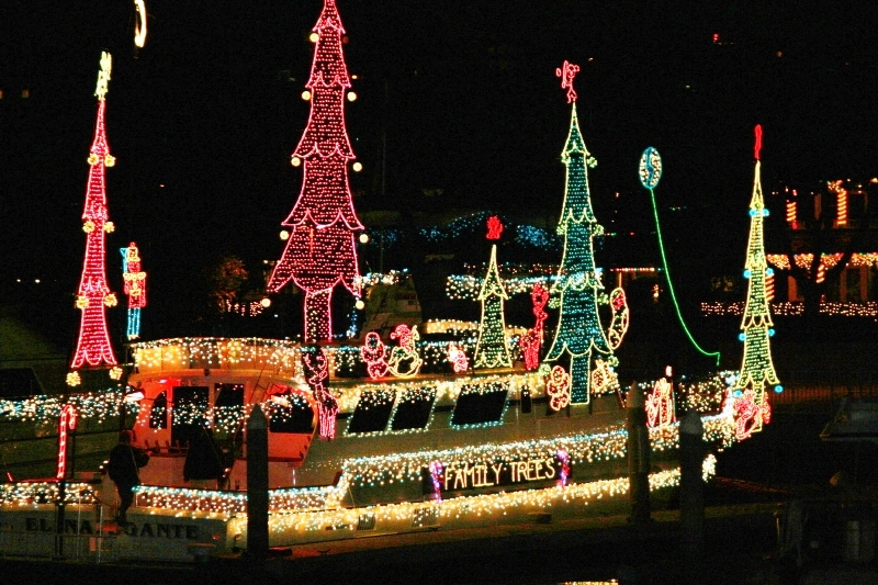 Newport Beach Christmas Boat Parade 2013 Tickets On Sale