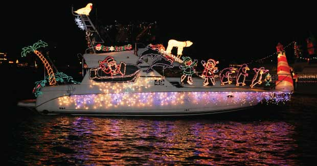 Christmas Boat.The Newport Beach Christmas Boat Parade Is Perfect For The