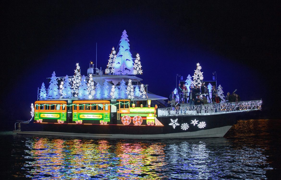 Christmas Boat Parade.110th Annual Newport Beach Christmas Boat Parade Daveys Locker